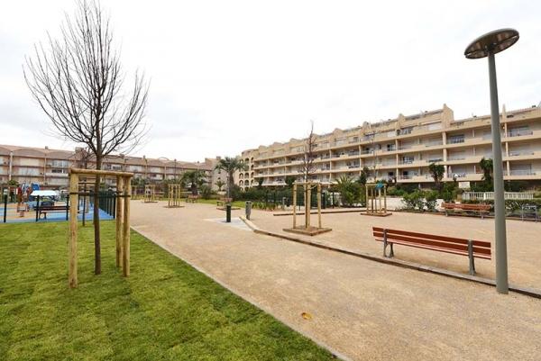 square_rimbaud_le_port_2019_02.jpg